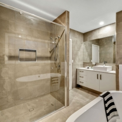bathroom - real estate photography
