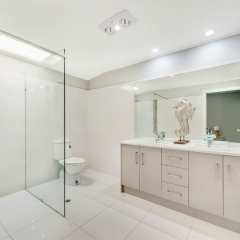 modern bathroom photo