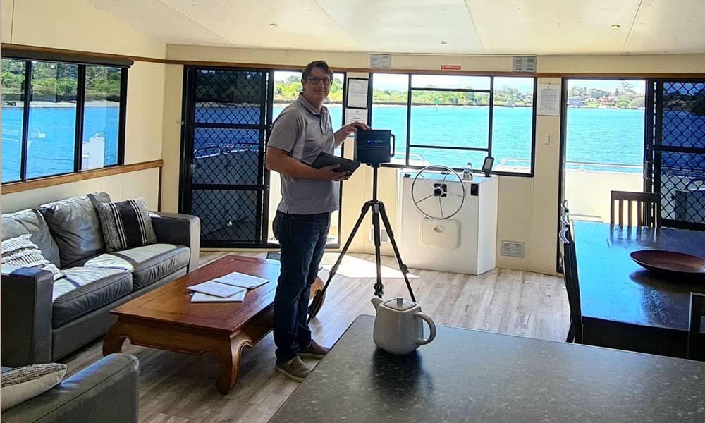 Houseboat 3D Tour