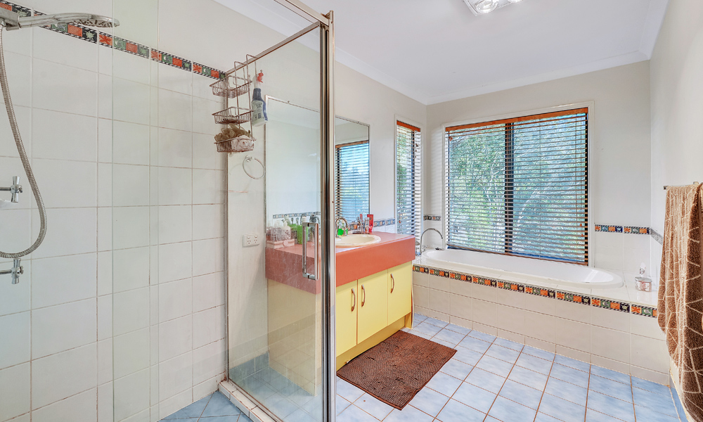Bathroom renovation real estate listing photographs