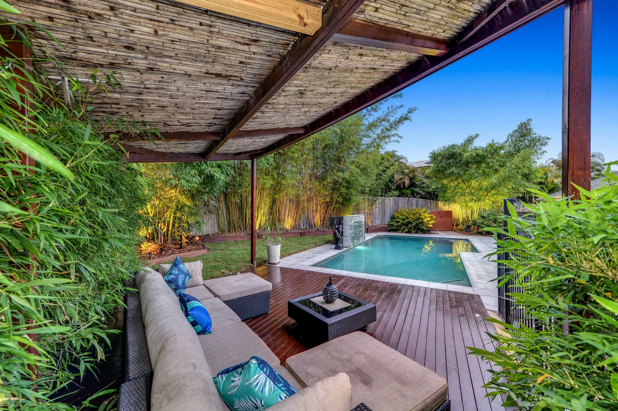 swimming pool - real estate photography